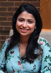 Aziza Banerjee headshot