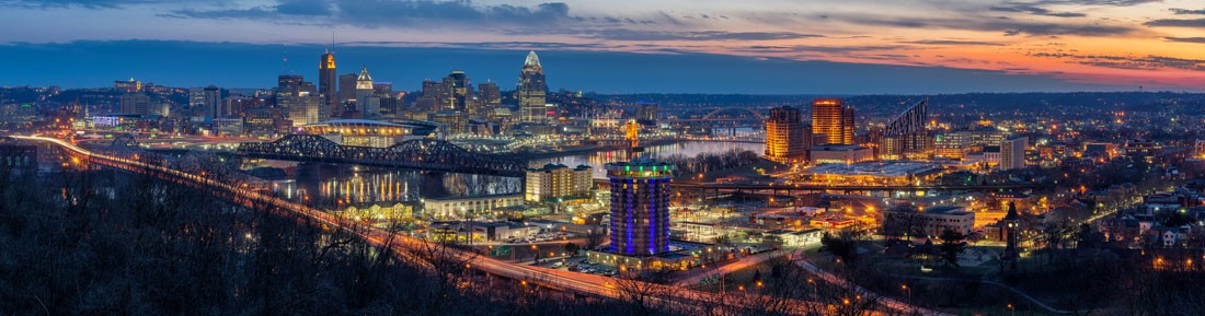 Image of the Cincinnati skyline at twilight